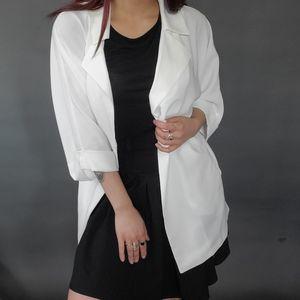 NWT OverSize White Blazer Jacket Forever 21